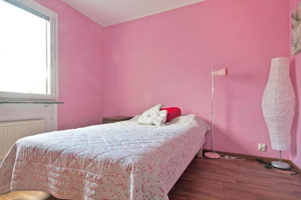 Spacious room with private WC Malmö
