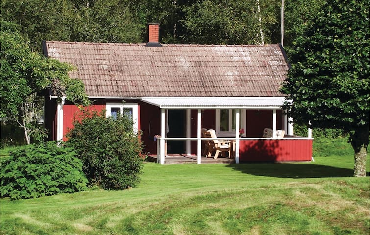 Holiday cottage with 1 bedroom on 45 m² in Tolg