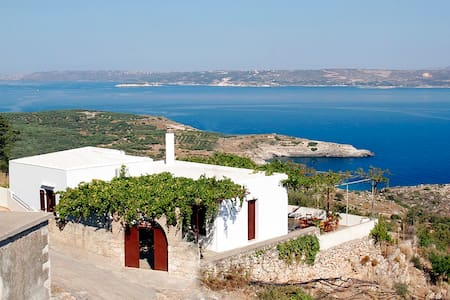 Sea View Traditional Villa in Crete - Chania - Villa