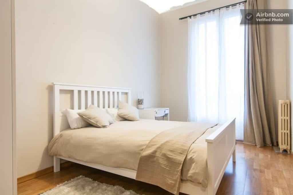 La chambre incroyable dans le cent dortoirs louer for Louer chambre sans fenetre
