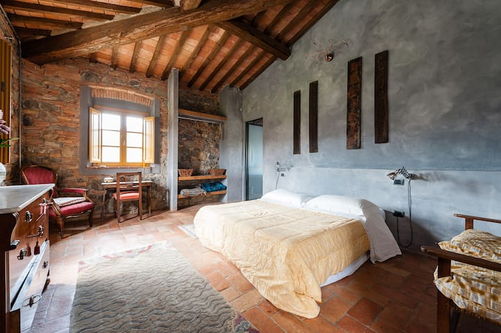 podere la sterza camera celeste - Chianni - Bed & Breakfast