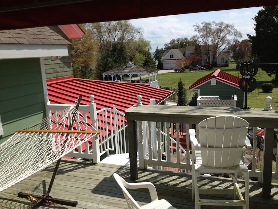 Private Upper Deck with view Hampton Roads Waters