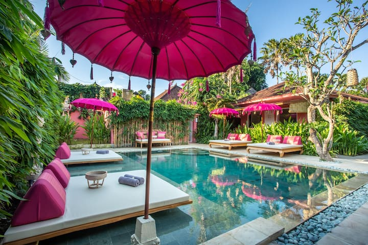 PinkPrivate Sanur - Adults Only (Room 1)