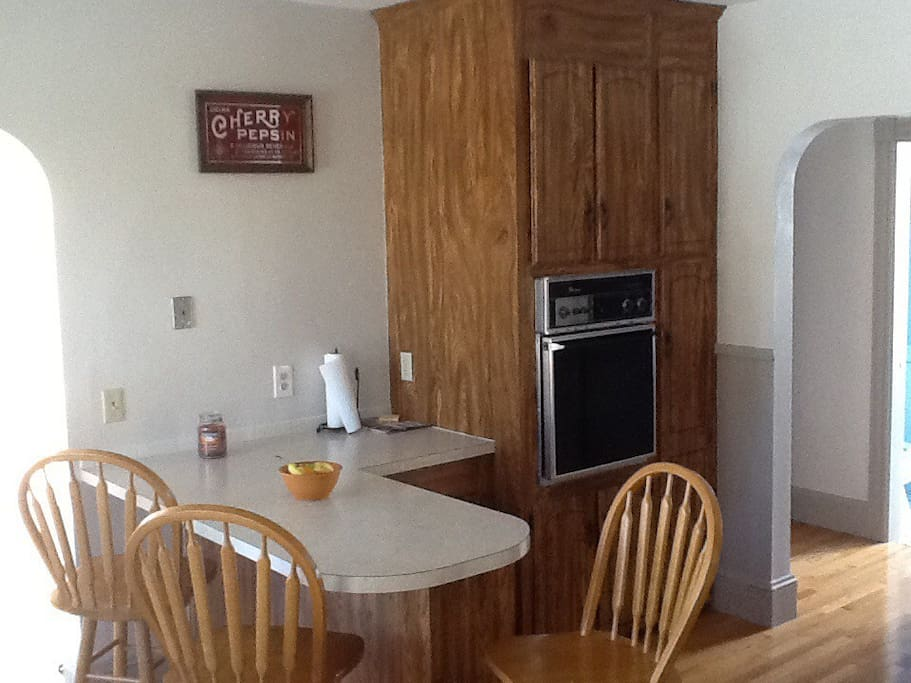 Access to full, shared kitchen