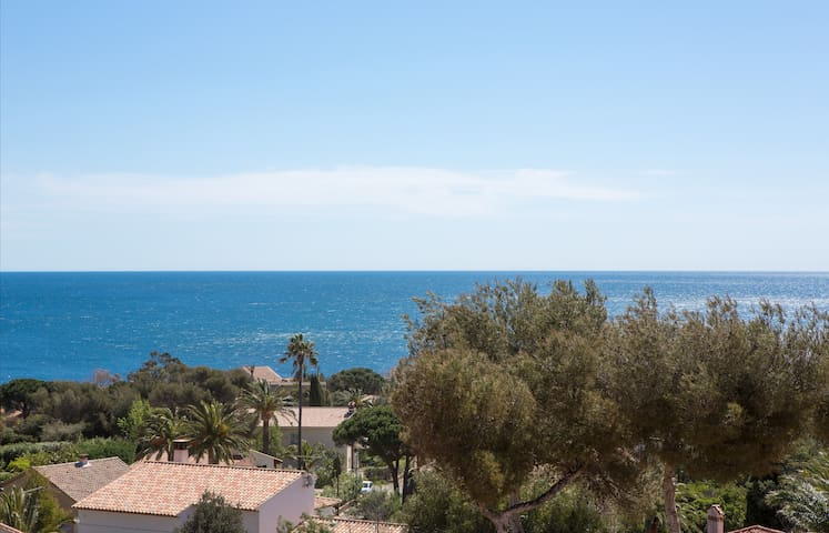 Panoramic Sea View Near St Tropez ! - Roquebrune-sur-Argens - Apartment