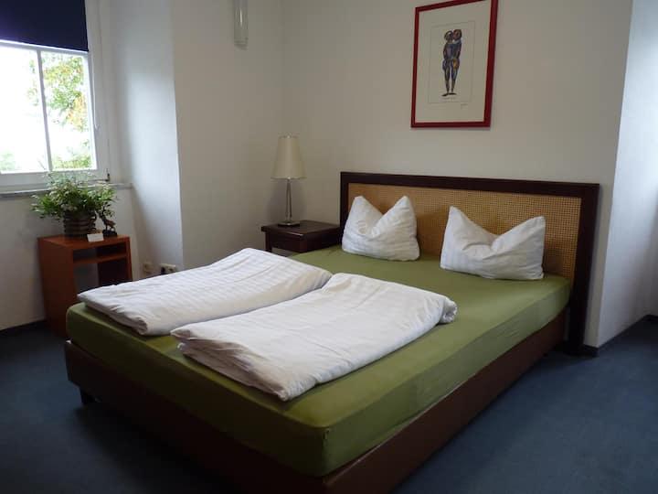 Forsthaus 3 Doppelzimmer-Budget-Ensuite Dusche