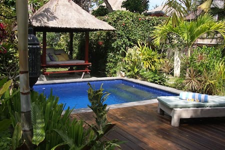 Private room in Villa, Sanur beach - Denpasar