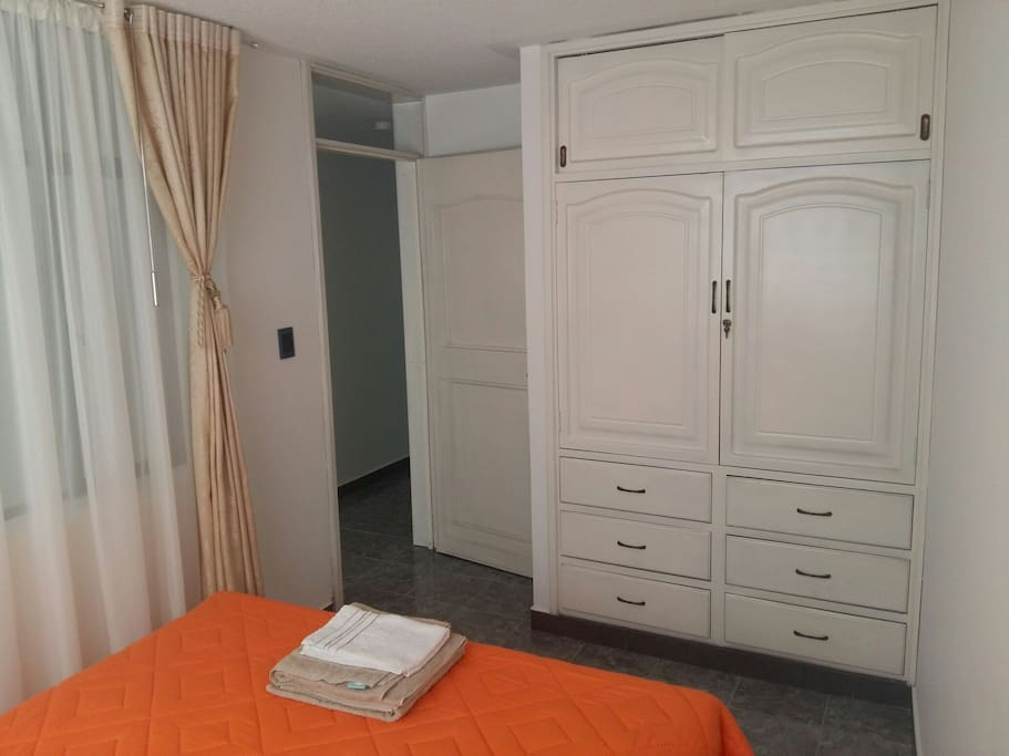 Closet del dormitorio 1.