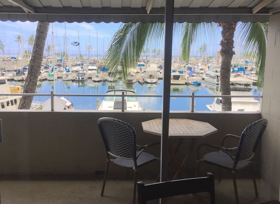 beautiful lanai view, great place for your morning coffee or evening sunset