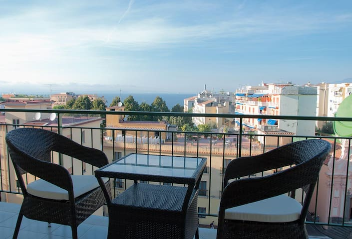 Appartamento Corallo Rosa - Sorrento - Pis