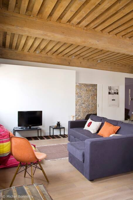 living room -TV area