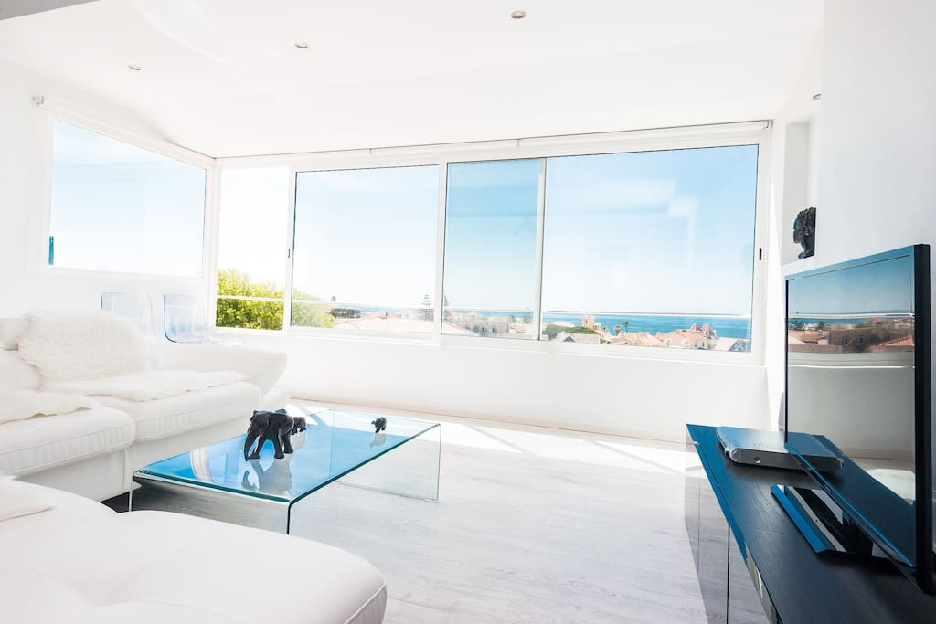 A Luxurious Space with a Panoramic Sea View