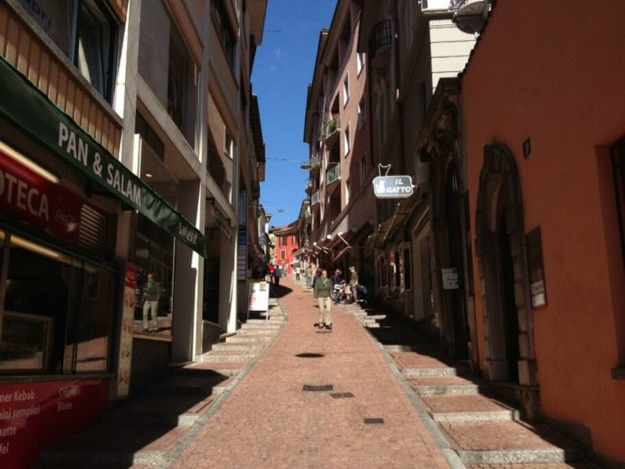 Via Cattedrale - Pedestrian area