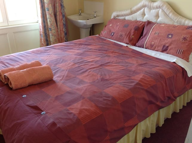 A comfortable double bed awaits!