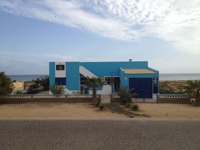 VILLA DO MAR front ocean