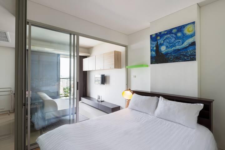 1BR-Bangkok Luxury Condo Artsy Ari, BTS