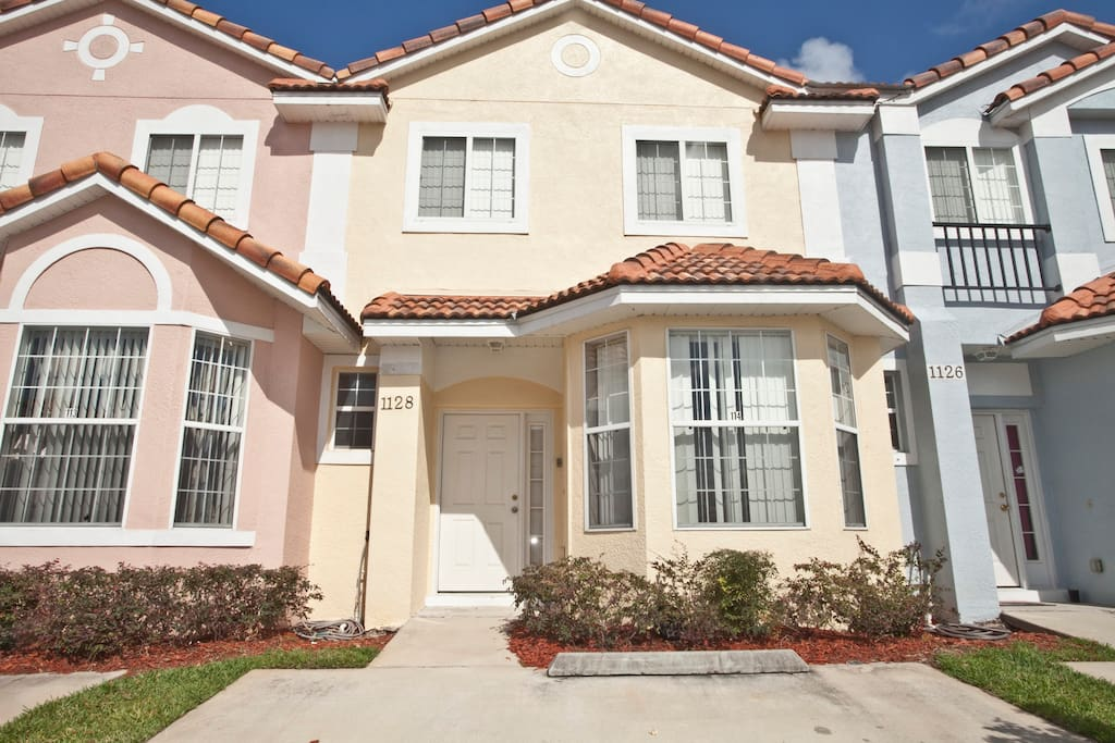 3 Bedroom Disney Area Home Townhouses For Rent In Kissimmee Florida United States