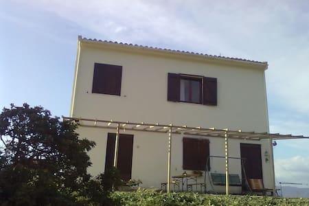 Colonica Sardegna del sud-ovest - Villamassargia
