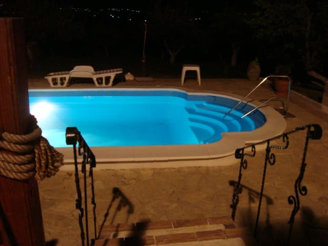 House with a swimming pool - Barajevo - Talo