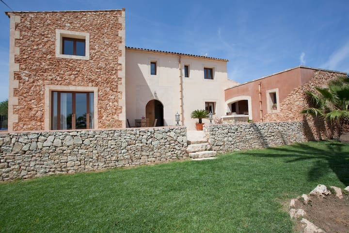House rural with pool and wifi - Porreres - Casa de campo