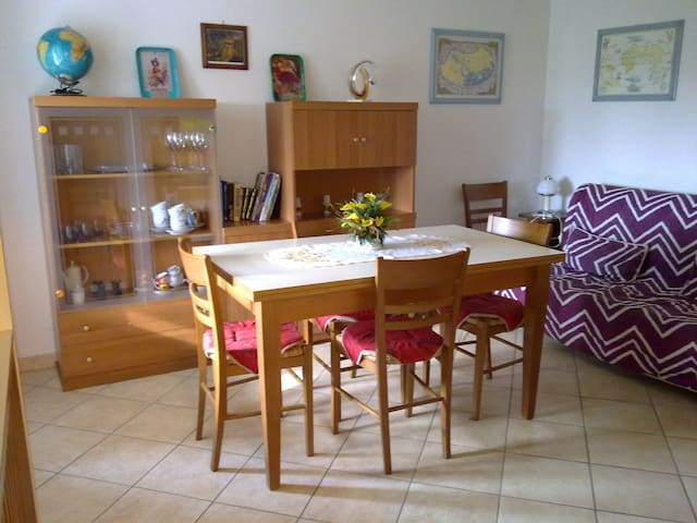 Apartment in Tuscany countryside - Lecchi - Apartmen