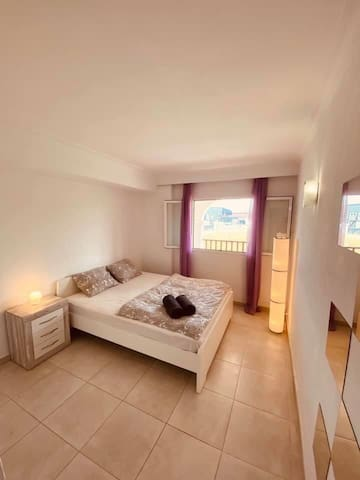Beautiful modern flat with 2 bedrooms near Pacha