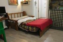 Divano letto da 1 piazza e mezza. Queen size sofa bed