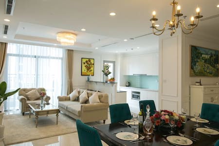 4BR LUXURY RIVERVIEW CONDO - Next to Landmark 81