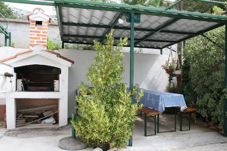Charming one bedroom apartment in Starigrad - Seline - Apartmen