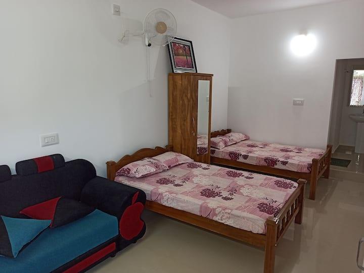 A/C Suite Room