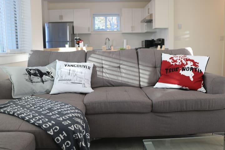 Brand new, bright & cozy Trendy East Village house