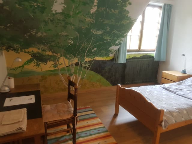 Villa Serck - Room with the tree
