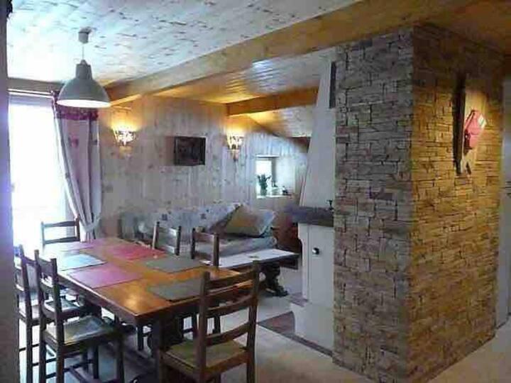 gîte au cœur du Jura - 5pers dans maison comtoise