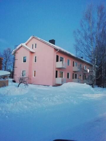 Viihtyisä huoneisto Kemijärven keskustassa