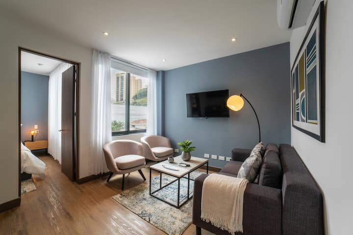 Fully Equipped 2 BR in Centenario w/ Queen Beds