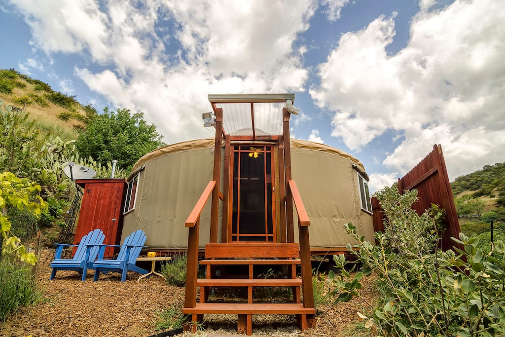 malibu yurt retreat on organic farm yurts for rent in. Black Bedroom Furniture Sets. Home Design Ideas