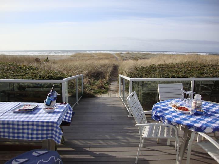 Fabulous Beachfront Home on the Oregon Coast