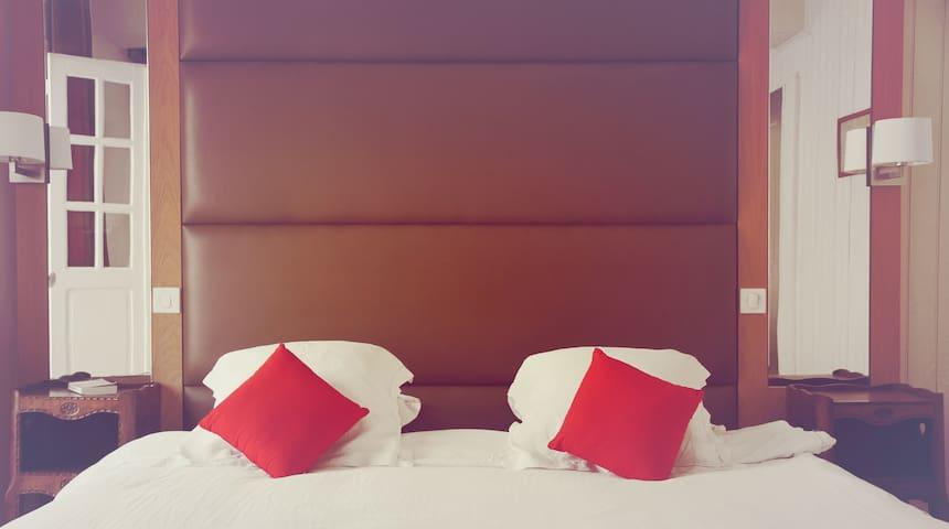 """Chambre """"Martxel"""" - Ainhoa - Appartement"""