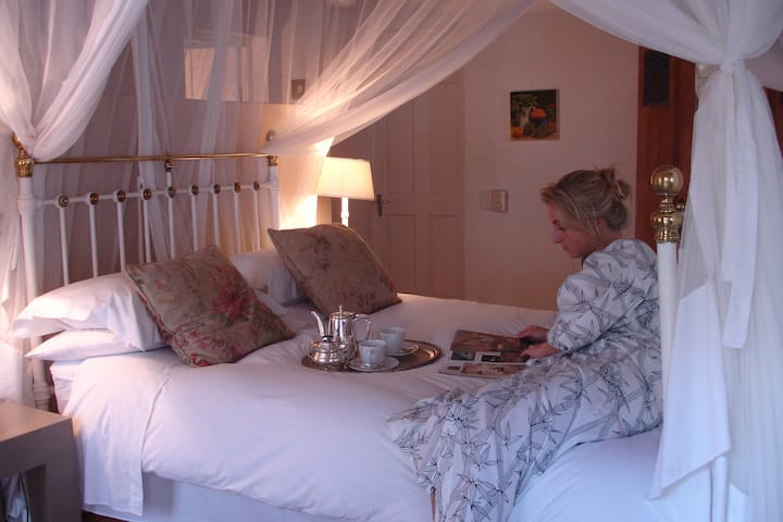 Ashbourne Luxury Couples Suite