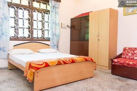 Family Room with 2 Beds - Margao - Bed & Breakfast