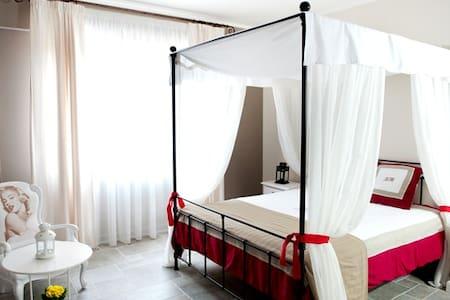 La Selva Incantata Bed&Breakfast - Province of Avellino - Aamiaismajoitus