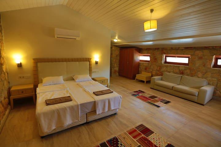 Ahır ( Barn suite) - Bodrum - Alpstuga