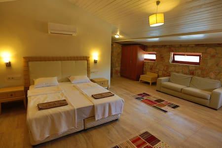 Ahır ( Barn suite) - Bodrum - Lomamökki