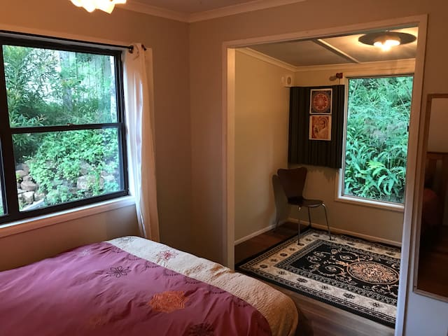 Cosy room in Byron hinterland - Teven - House