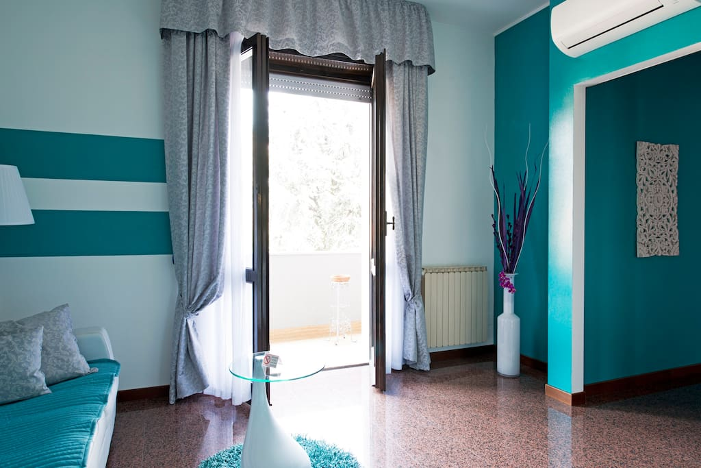 Appartamento turchese b b rhocity apartments for rent in rho - Metratura minima bagno ...
