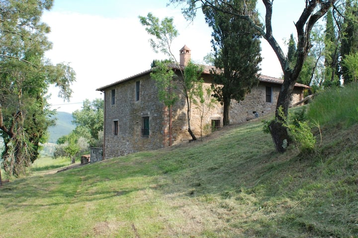 Rustic detached holiday home with spacious garden, lots of privacy and a beautiful view