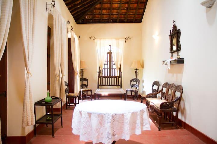 Casa dos Silveiras, Divar, Goa - Divar Island - Villa