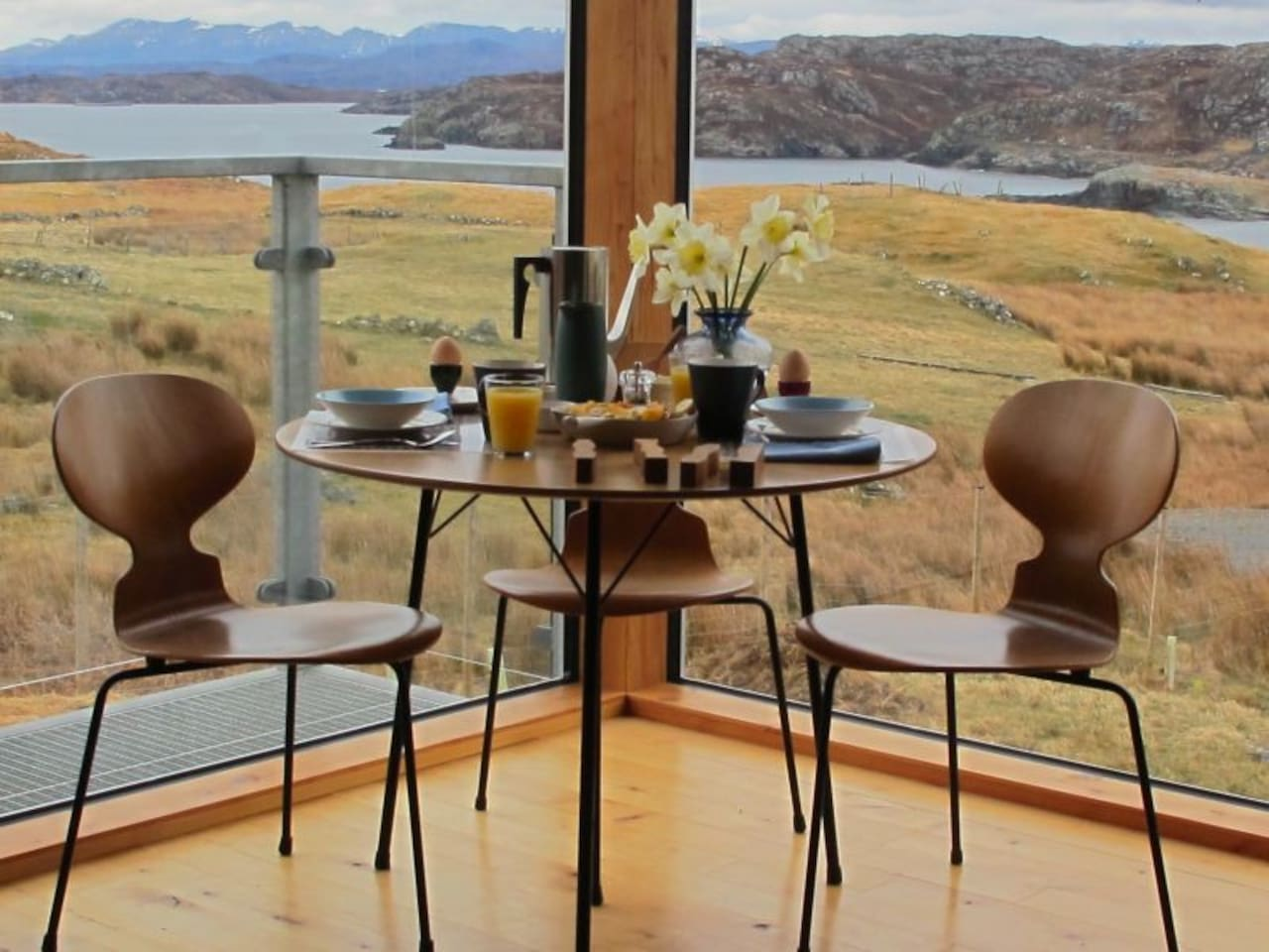 Your breakfast table looking onto Clashnessie Bay