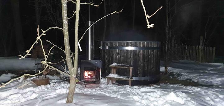 Vintage GlampingVan met hottub in (Voedsel)Bostuin