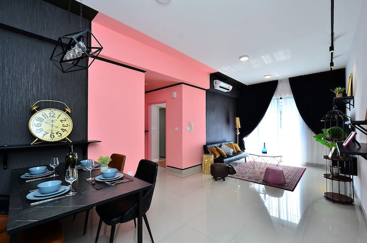2BR 2Bathroom-Utropolis/Marketplace/KDU/Event Hall
